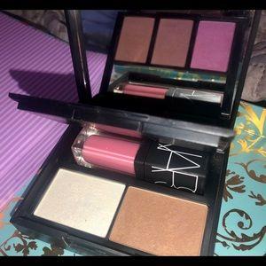 NARS Blush, Contour, & Lips Palette